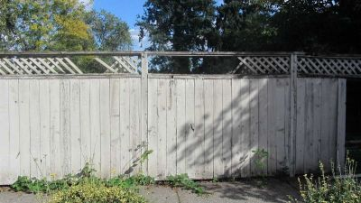 Five Vital Wood Fence Maintenance Tips for Colorado